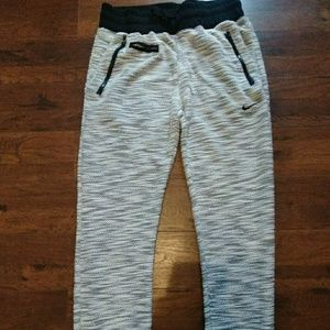 Nike joggers active wear